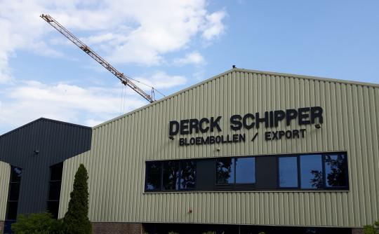 Derck Schipper: asbest eraf, nieuw dak erop
